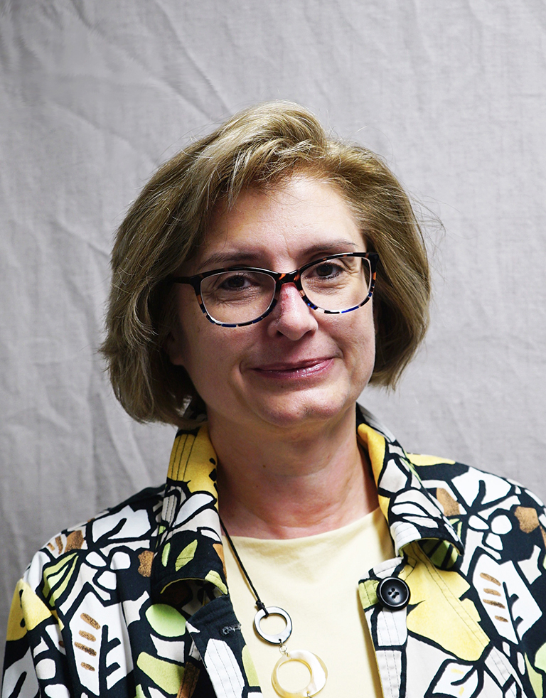 Picture of Dr. Lori Muntz, English Instructor